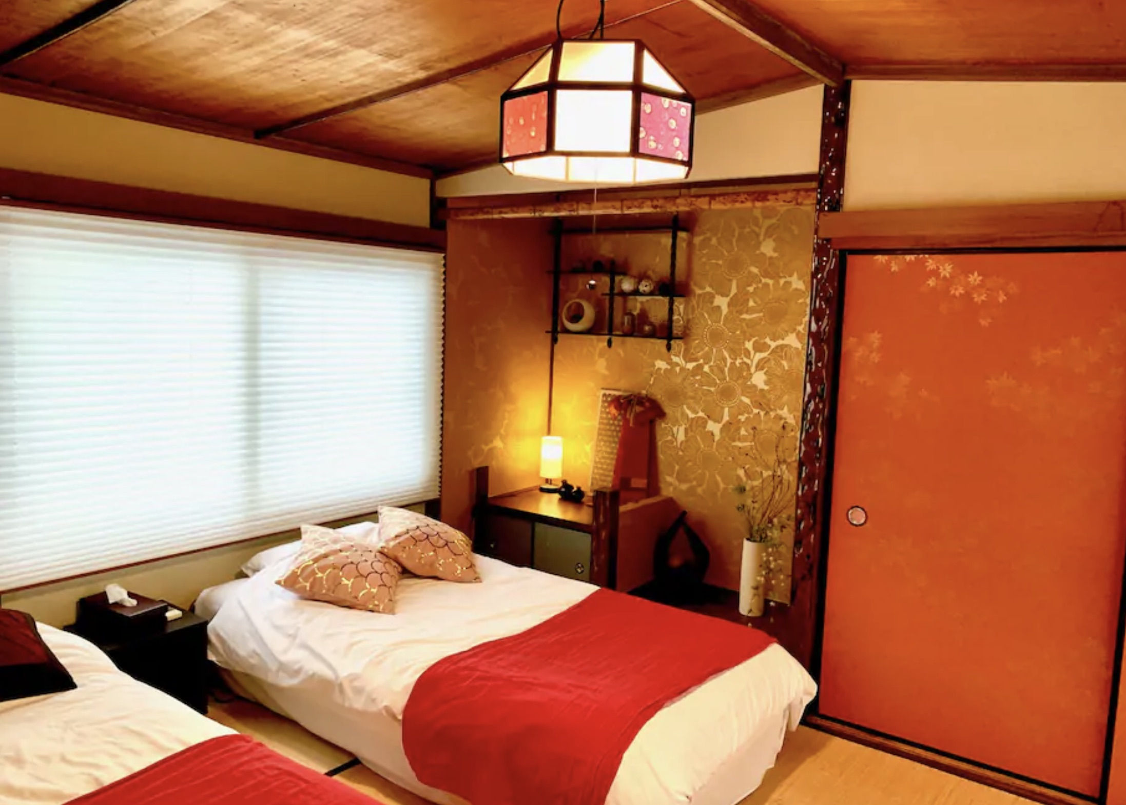 塚本ベッドルームの写真